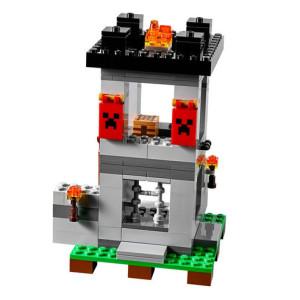 Konstruktor-Majnkraft-Krepost-03